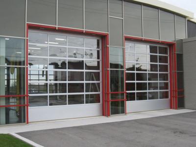 Панорамные секционные ворота. Управление цепной редуктор