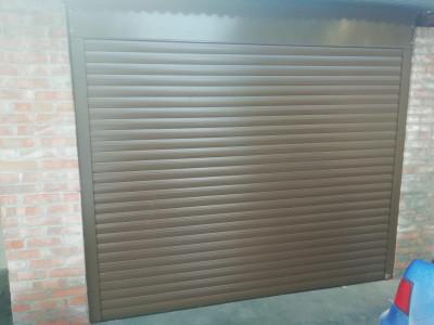 Рулонные ворота Alutech Trend на гараж
